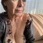 les seins de mamie