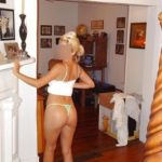 photo femme mature en string